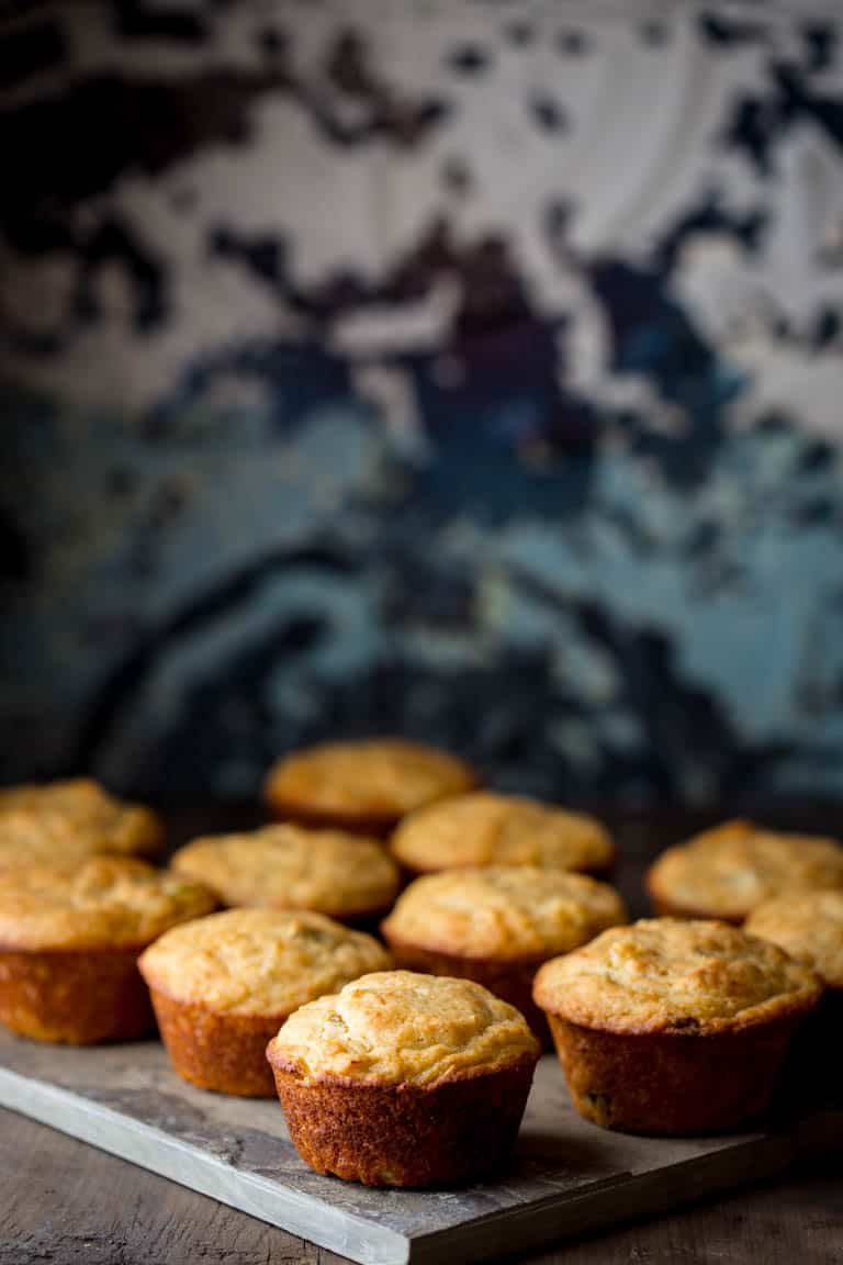 http://www.healthyseasonalrecipes.com/wp-content/uploads/2010/11/leek-and-parmesan-muffins-collage-1.jpg