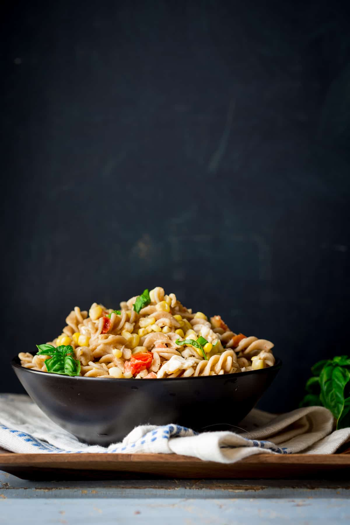 Pasta with Corn and Smoked Mozzarella, a healthy vegetarian weeknight meal for the summer!