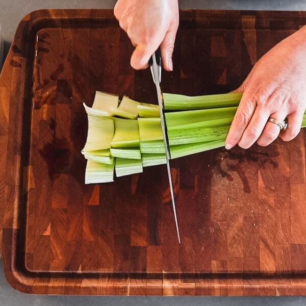 Chop clean celery into large chunks