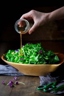This Mizuna Salad with Peanuts is fresh, it's fast (ready in just 20 minutes!) and of course the dressing is super special and super yummy. And let's not forget that it's also dairy free, gluten free and vegan! | Healthy Seasonal Recipes | Katie Webster