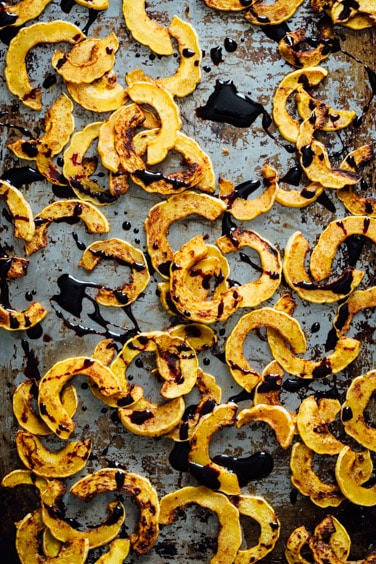 4 ingredient spice roasted delicata squash
