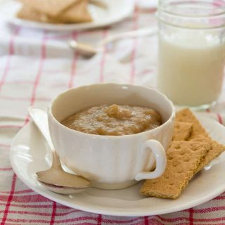 simple applesauce | Healthy Seasonal Recipes @healthyseasonal