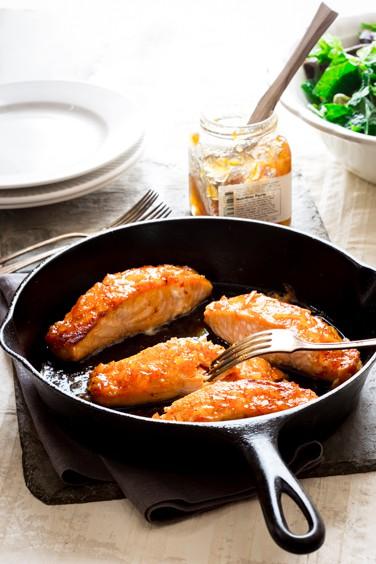 simple sriracha marmelade glazed salmon