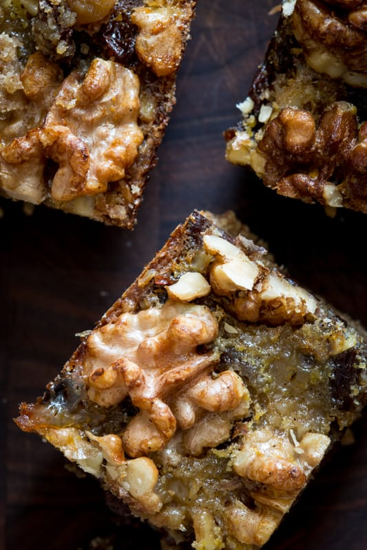 Maple Walnut Cookie Bars with Raisins | only 8 g added sugars via Healthy Seasonal Recipes #wholegrain