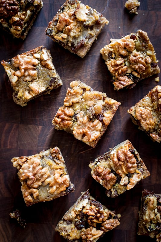 maple walnut cookie bars with raisins