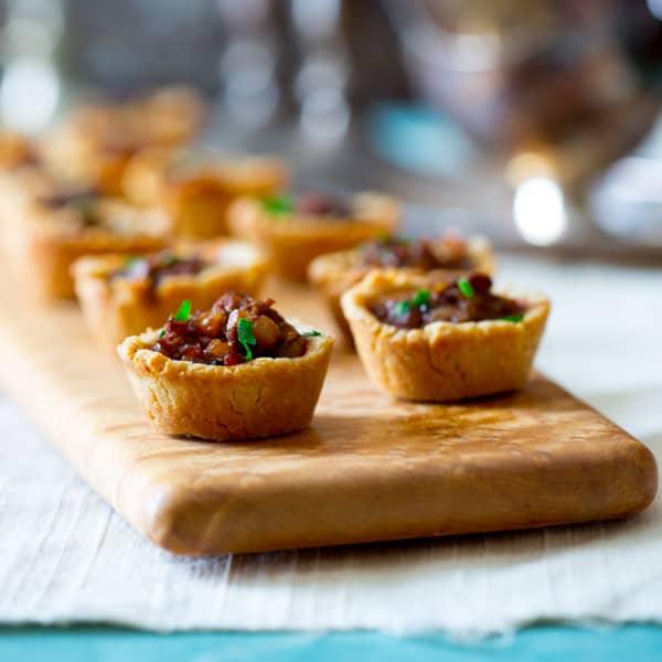 mini beef wellington pot pies