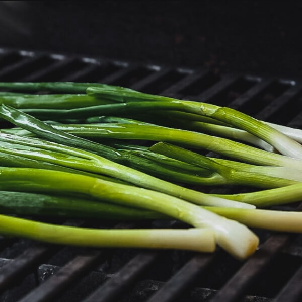 grilling scallions