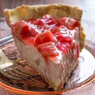 Light Rhubarb Chai Cream Pie on healthyseasonalrecipes.com