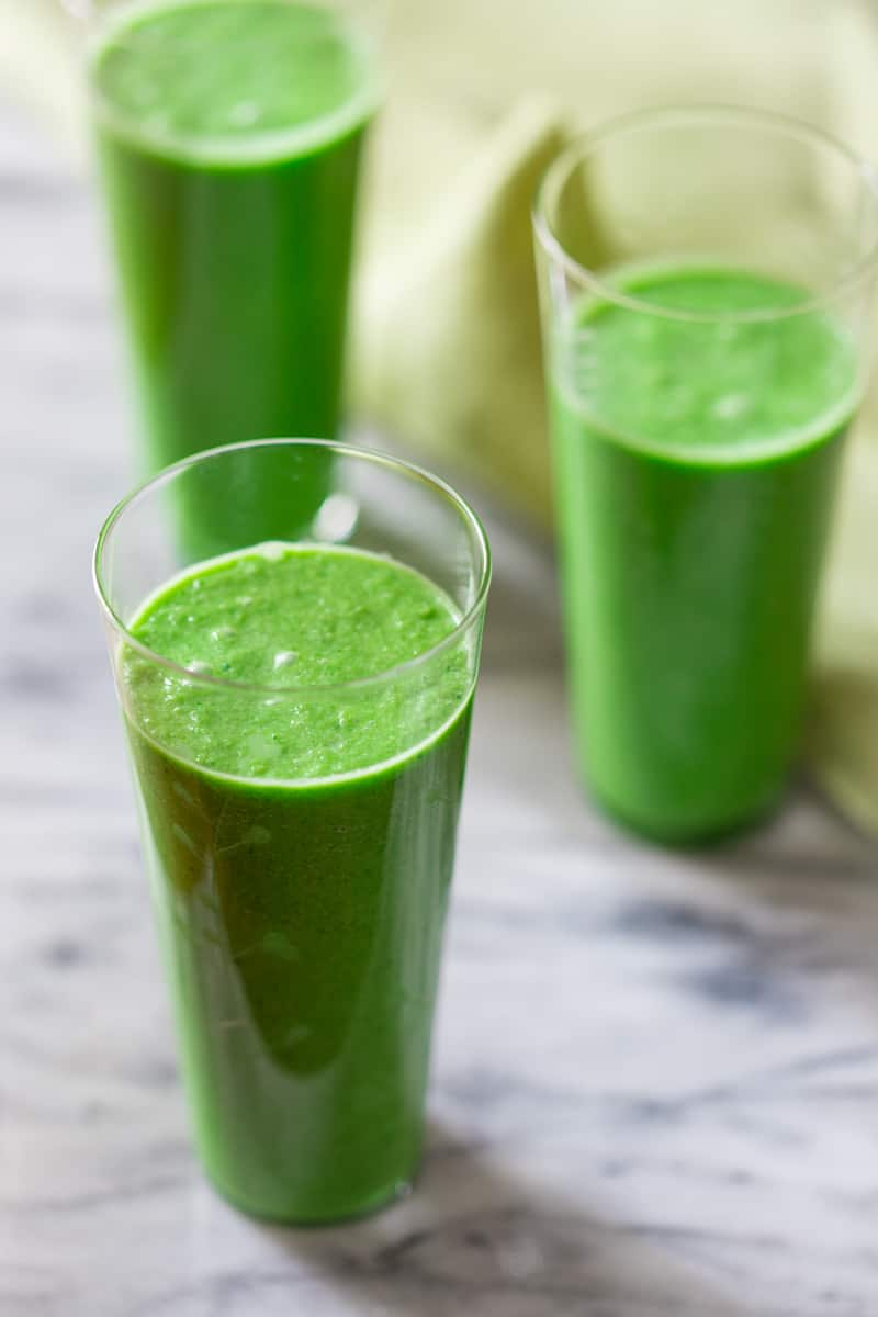 green apple smoothie {vegan, paleo and gluten-free} - Healthy Seasonal ...