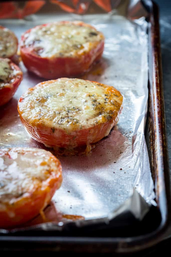 Cheddar Roasted Tomatoes | #4ingredients #glutenfree on healthyseasonalrecipes.com