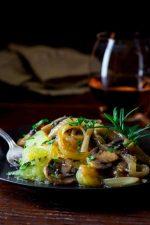 spaghetti squash with mushroom rosemary sauce