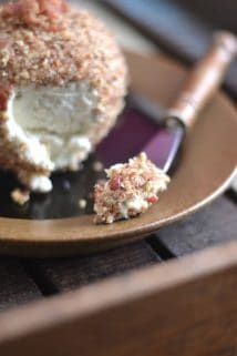 Cheddar Horseradish Cheese Ball