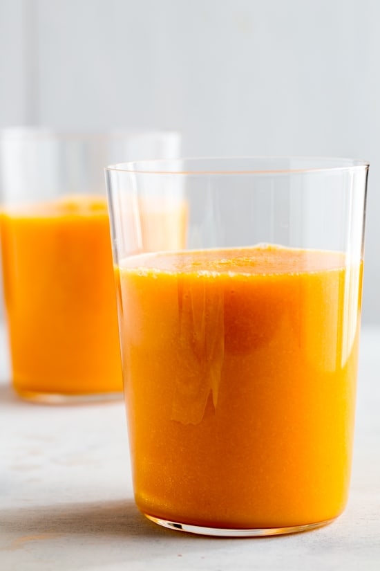 winter-smootheis-Carrot-Breakfast-Juice-6-of-6