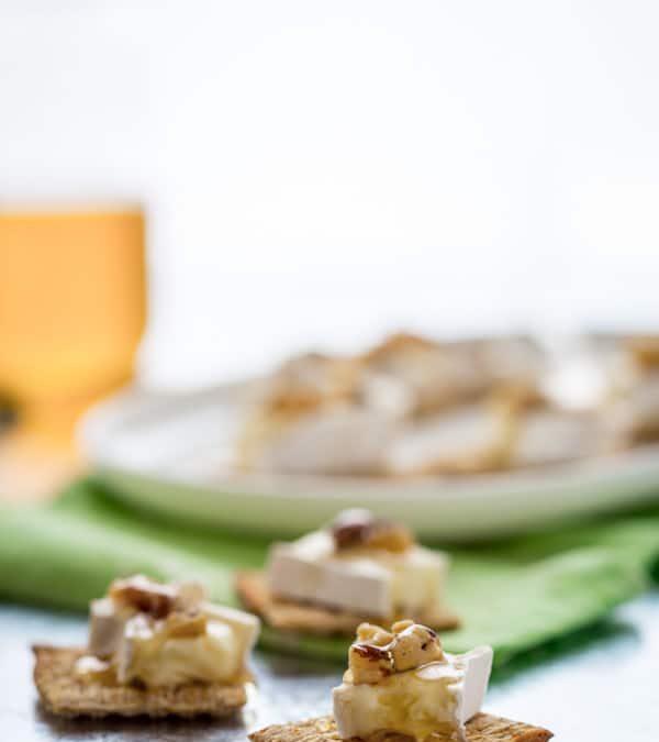 brie honey and walnut bites
