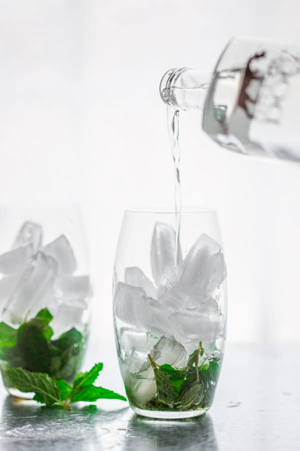 Spritzers made with mint, maple and vodka | Healthy Seasonal Recipes