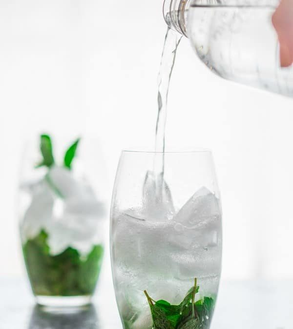 maple mint vodka spritzer