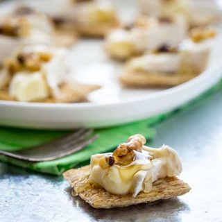 brie honey walnut bites
