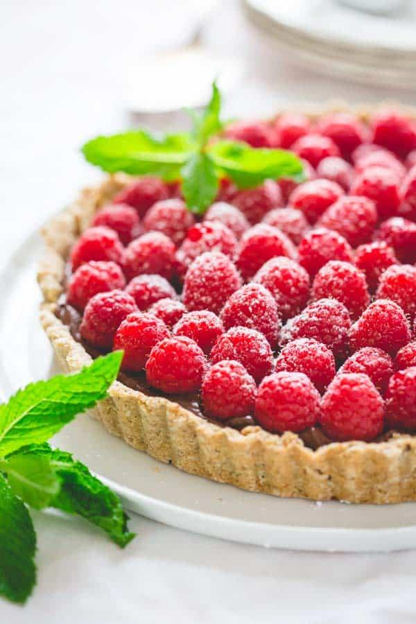 healthy chocolate hazelnut raspberry tart