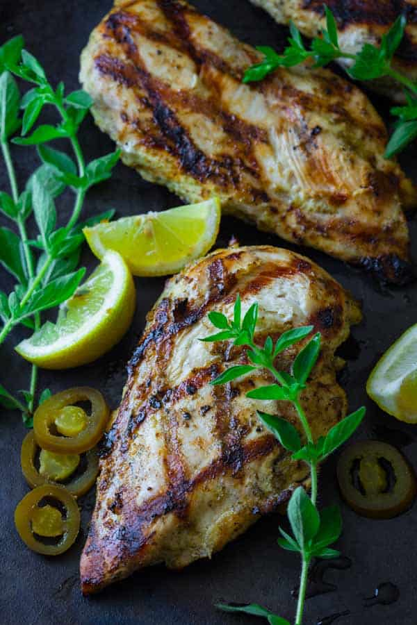 Easy 10 minute recipe for Garlic Lemon Chicken Marinade {glutenfree and paleo}