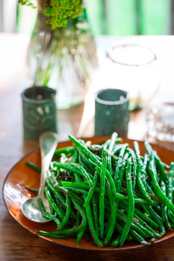 Simple Skillet Green Beans | #Vegan #Paleo #Glutenfree #Greenbeans