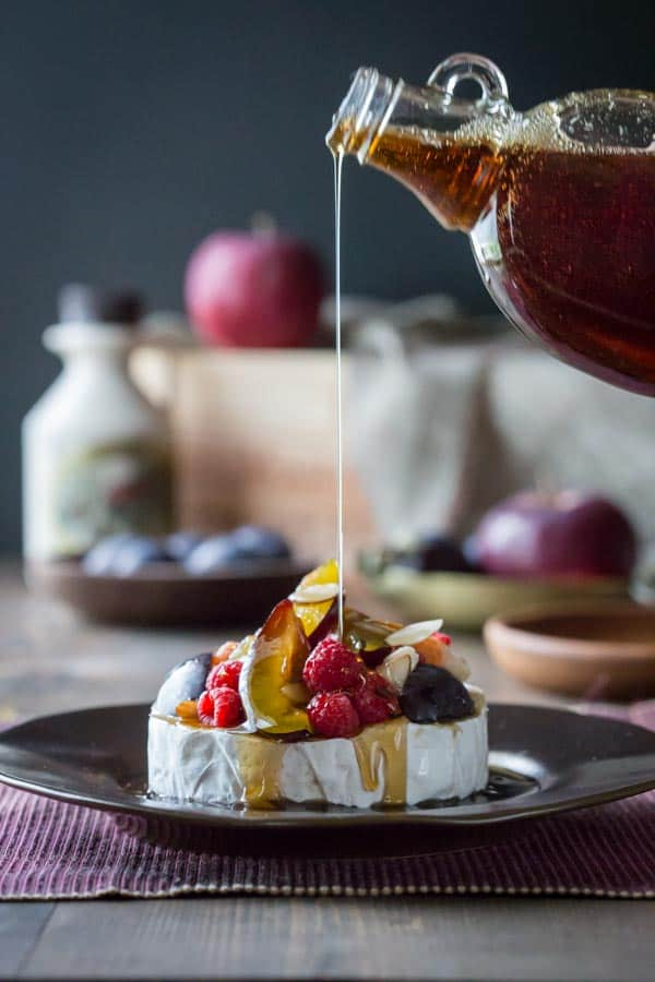 demonstration of a pour shot in food photography with natural light
