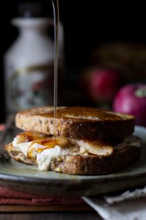 maple caramelized apple stuffed french toast | fall | breakfast | bread | cheese | Healthy Seasonal Recipes