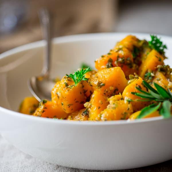 An Easy Healthy Side Dish: Easy Garlic Herb Butternut Squash