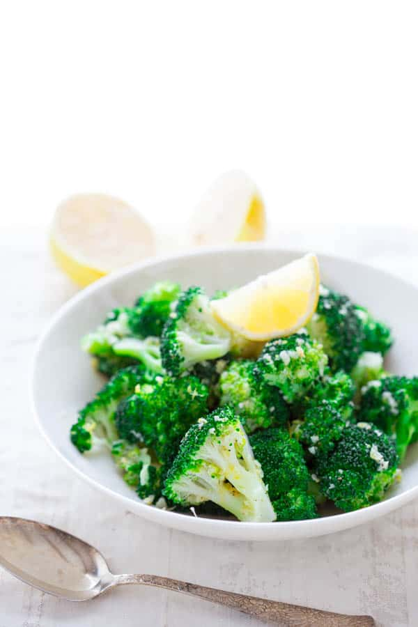 easy broccoli with garlic and lemon