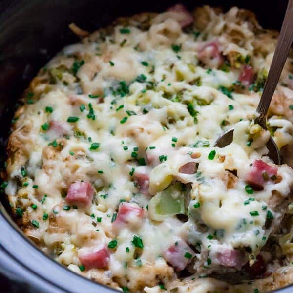 slow cooker ham and broccoli brunch bread pudding