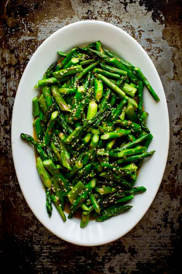 Sesame Roasted Asparagus (vegan and glutne-free) by Katie Webster on Healthy Seasonal Recipes