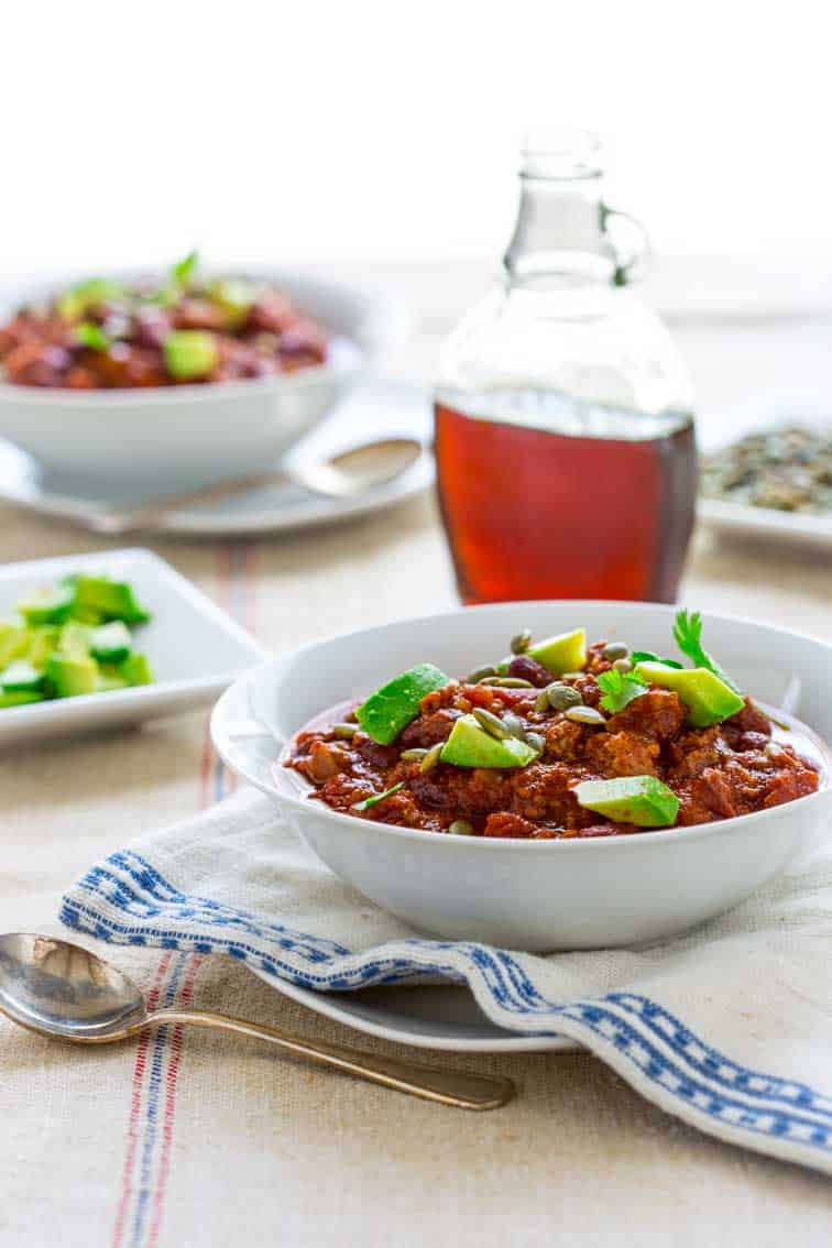 Smoky and Sweet Turkey Chili | Fall | Smoked Paprika | Maple Syrup | Beans | Tomatoes | Cookbook Giveaway | Healthy Seasonal Recipes