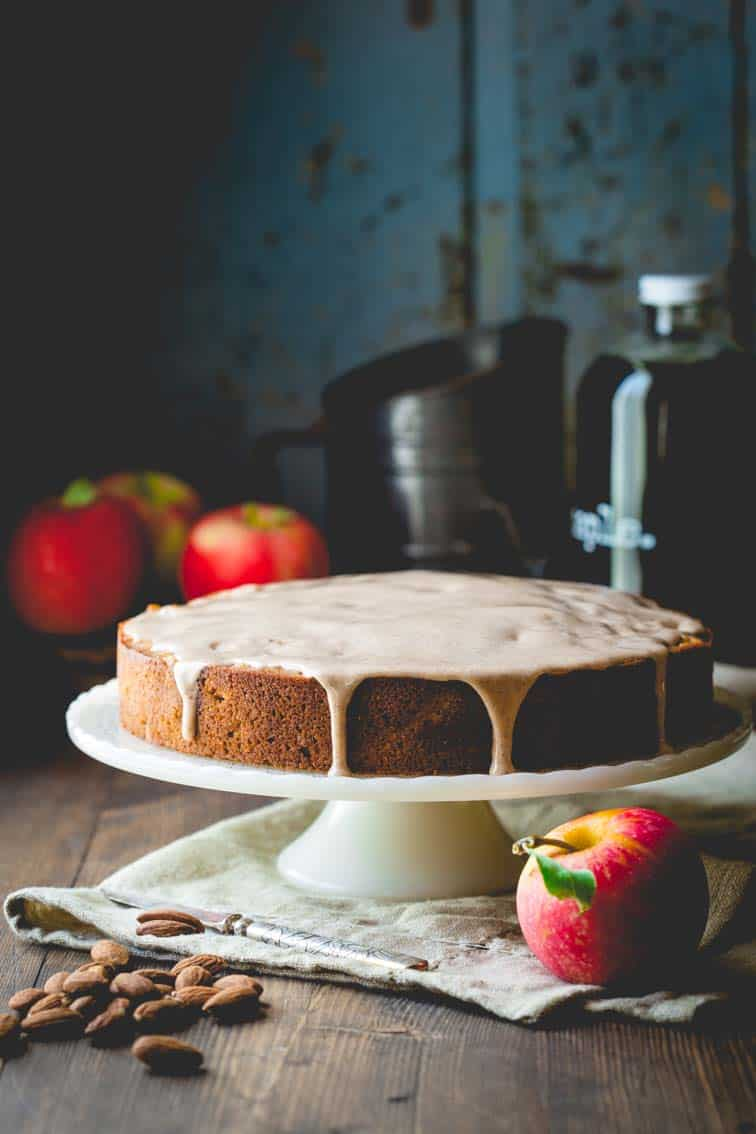 maple apple almond cake