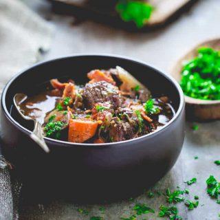 Healthy Slow Cooker Beef Burgundy   Comfort Food   Dinner   Fall   Winter   Vegetables   Healthy Seasonal Recipes