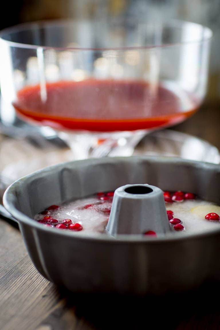 Maple Spiced Rum Punch | Drink | Holiday | Christmas | Rum | Maple Syrup | Apple Juice | Cranberry Juice | Winter | Healthy Seasonal Recipes | Katie Webster