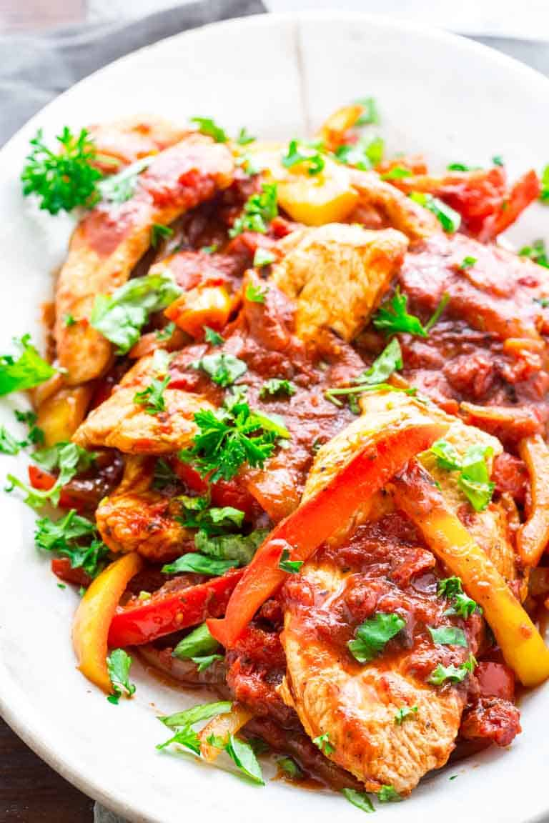 20 Minute Low Carb Turkey and Peppers | Paleo | Whole 30 | Gluten Free | 30 minutes or less | Dinner | Healthy Seasonal Recipes | Katie Webster