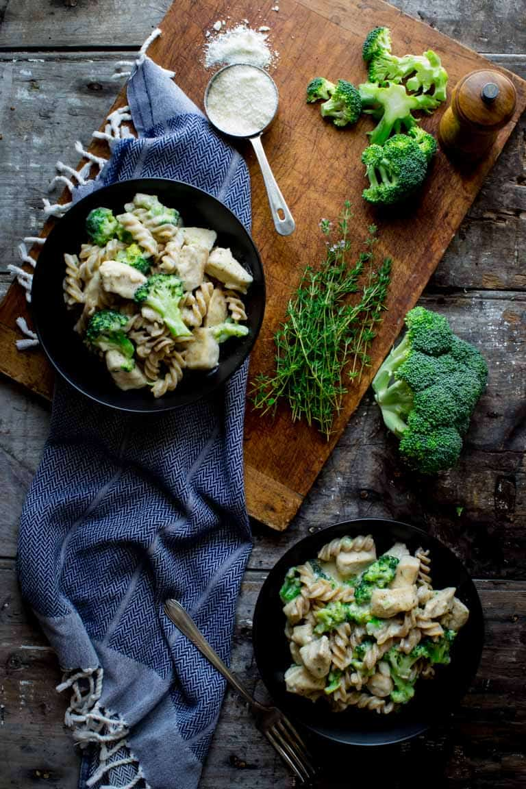 light chicken broccoli alfredo