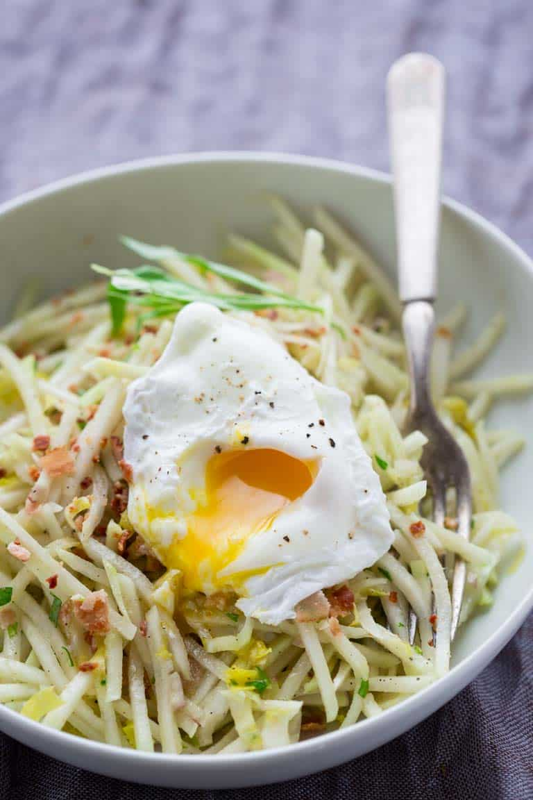 Kohlrabi Bistro Salad with Bacon and a Poached Egg by Katie Webster | Gluten-free | Healthy Seasonal Recipes #kohlrabi