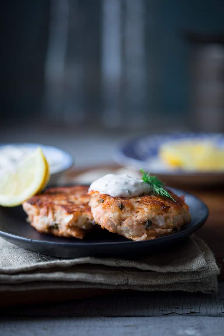Lemon Caper Salmon Cakes with Light Tartar Sauce | Healthy Seasonal Recipes #fish #seafood #salmon