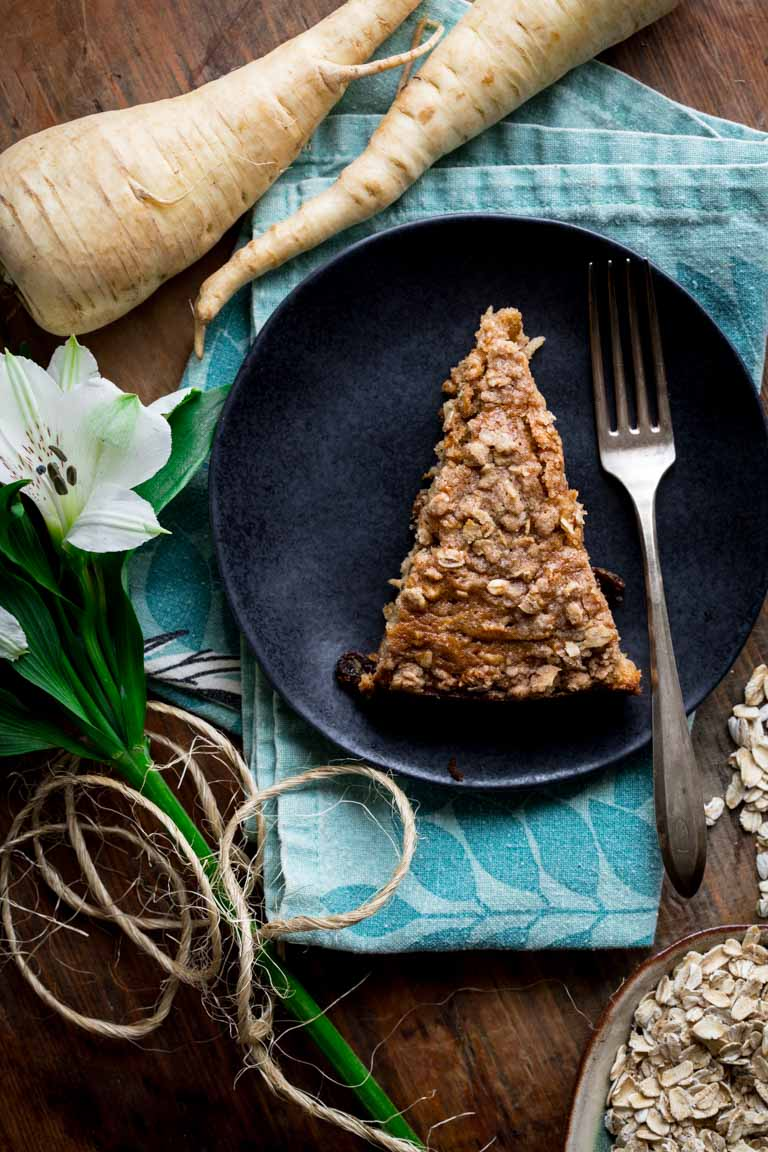 Maple Parsnip Morning Glory Coffee Cake #baking #healthy #parsnips #easter #brunch #coffeecake