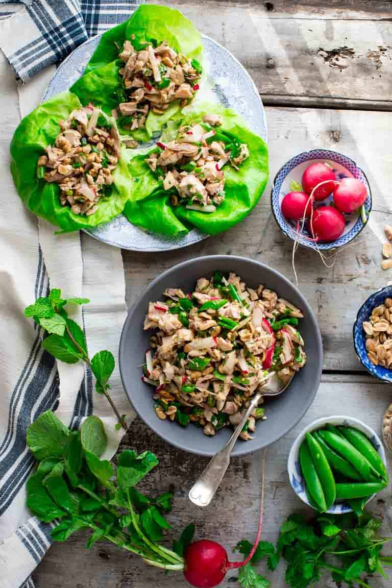 Easy Sesame Chicken Lettuce Wraps- ready in just 15 minutes! Healthy Seasonal Recipes #healthy #lowcarb #15minuterecipe #lettucewrap #glutenfree