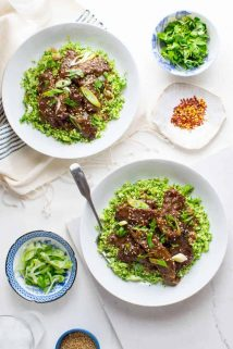 These Grain-free Mongolian Beef and Broccoli Bowls are a delicious dinner you can whip up for your family in no time! #glutenfree #paleo #grainfree #weeknightdinner | Healthy Seasonal Recipes