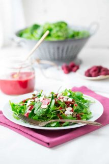 Raspberry Almond Vinaigrette | Healthy Seasonal Recipes #saladdressing #raspberry #kidfriendly #vinaigrette