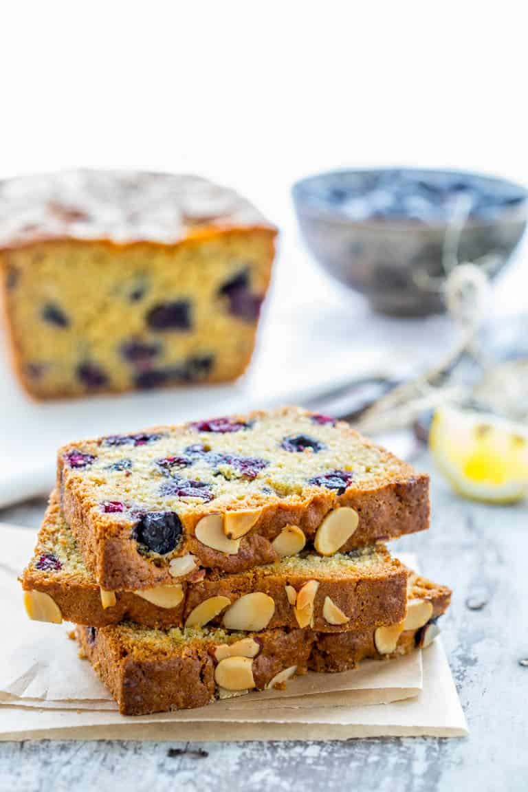 If you've been blueberry picking, then this Healthy Blueberry Lemon Quick Bread is an absolute must-bake recipe! It is sweet and lemony and bursting with blueberries. Healthy Seasonal Recipes by Katie Webster | #blueberry #summer #fresh #bread #lemon #healthy