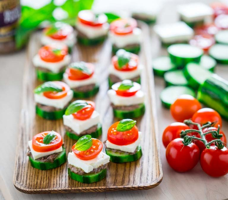 greek salad cucumber party bites