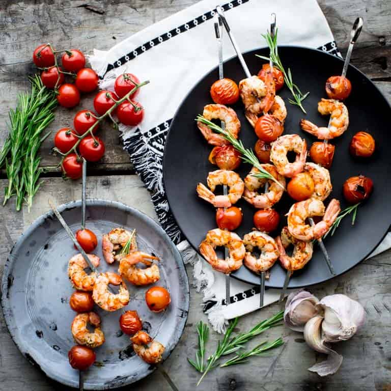 rosemary garlic shrimp and tomato kebabs
