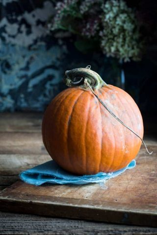 How to Peel, Seed and Cut a Fresh Pie Cooking Pumpkin, step-by-step photos and tutorial by Katie Webster of Healthy Seasonal Recipes #healthyseasonal #pumpkin