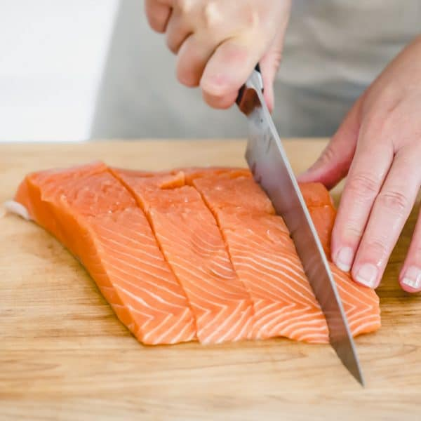 How to cut salmon portions evenly
