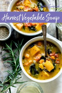 Harvest veggie soup in two bowls