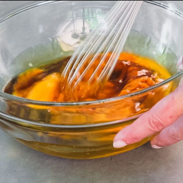 Whisk eggs, pumpkin, oil, maple syrup and vanilla in a large bowl.