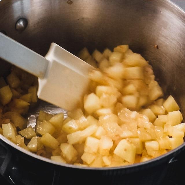 stirring chutney